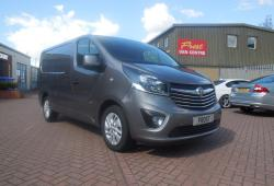 VAUXHALL VIVARO SPORTIVE - 2015 / 65 - SWB - ONE OWNER - FSH - METALLIC GREY