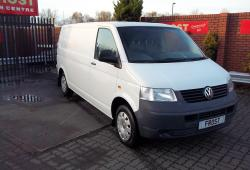 VOLKSWAGEN T5 LWB 102<br>1900 102 5 SPEED