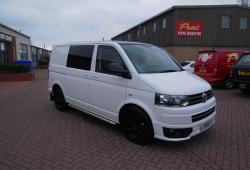VOLKSWAGEN TRANSPORTER - SPORTLINE KOMBI - 180ps DSG - 5 SEAT FULL LEATHER - FVWSH