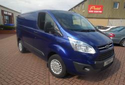 FORD TRANSIT CUSTOM - L1 H1 - 2014 / 64 - TREND -<br>DEEP IMPACT BLUE - 125ps - ONE OWNER