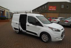 FORD TRANSIT CONNECT - 17 PLATE - CREW VAN - 44,000m - TREND - AIR CON - L1 H1
