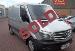 MERCEDES BENZ SPRINTER - NO VAT SWB 213 AIRCON - SAT NAV - CRUISE - ONE OWNER FSH