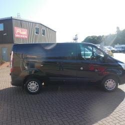 FORD TRANSIT CUSTOM 2015 - L1 H1 SWB - TREND - METALLIC BLACK - ONE OWNER FFSH